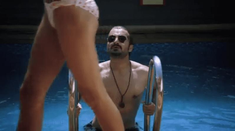 hamza ali abbasi in bikini scene
